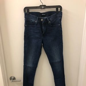 Size 6L denim perfect legging jean from Express